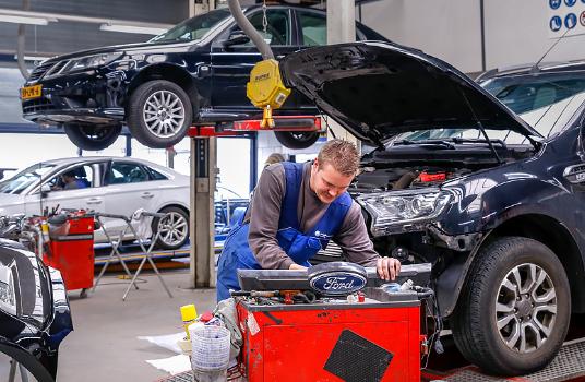 Reparatie - Autoschade Herstel WIBU-Den Haag